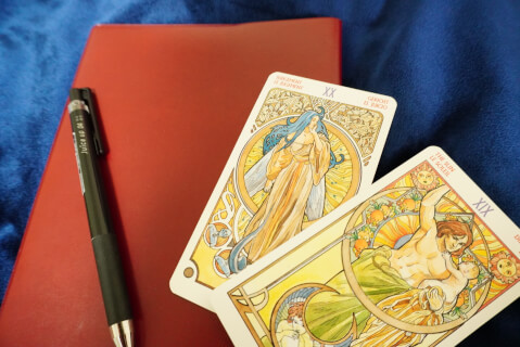 ノート-タロットカード