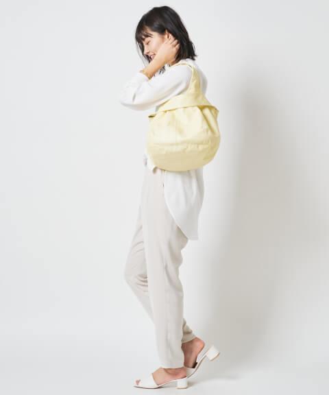 差し色 レモンイエロー バッグ