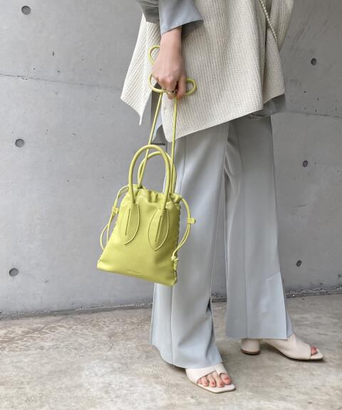 差し色 黄色 バッグ