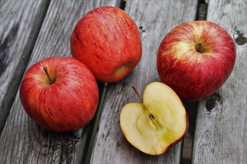 焼きリンゴ_生リンゴ
