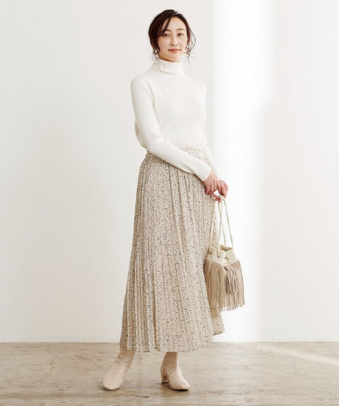 スカートを使った忘年会コーデ