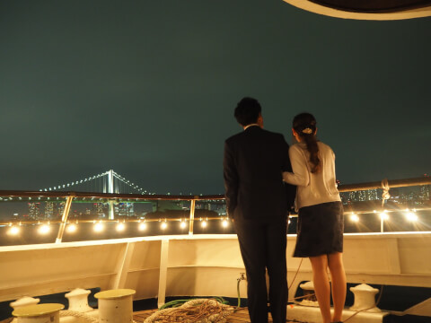 夜景 男女 デート