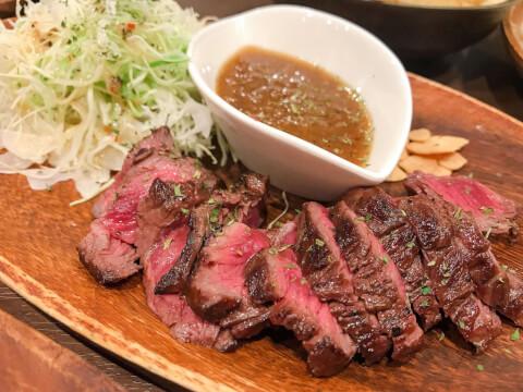 お肉 テーブルフォト 料理写真