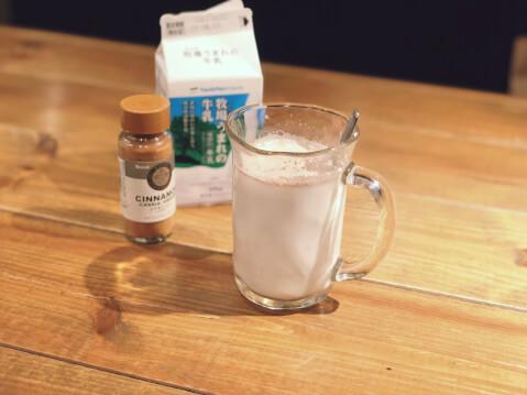 ホットミルク_シナモンミルク