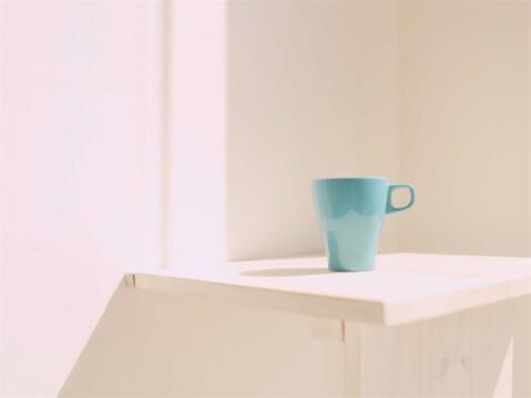 IKEA マグカップ 光