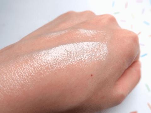 角栓 皮脂 分泌