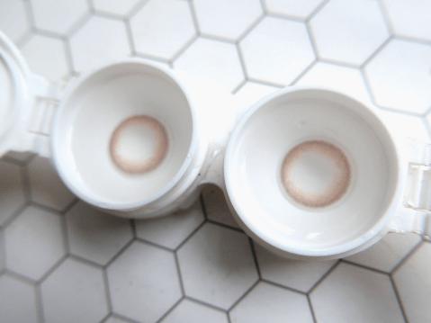 カラコン デザイン ハーフカラコン 色素薄い系カラコン