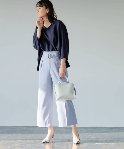 コンサバファッションのレディースコーデ