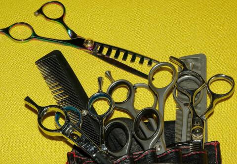 前髪カットに必要な道具