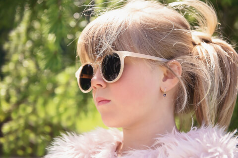 メガネの女の子