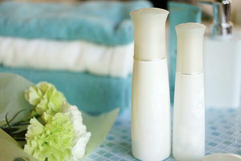 スキンケア 乳液 化粧水