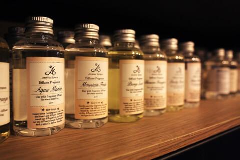 アロマオイルの瓶