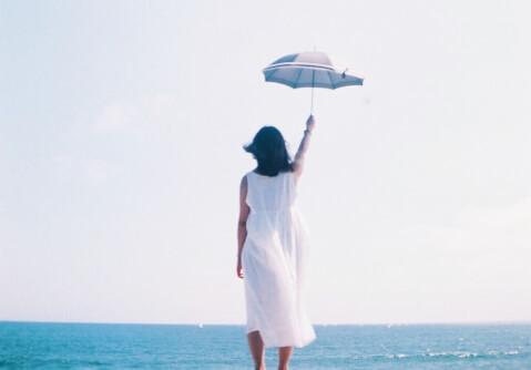 折りたたみや完全遮光のおしゃれでかわいい日傘、日傘のおすすめ人気ブランド