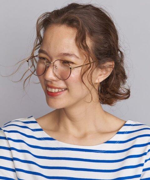 丸メガネ  ブランド 似合う 種類 女子 コーデ