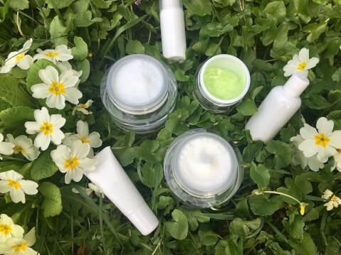 moist cream select