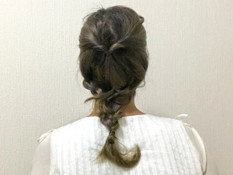 髪の毛を引き出す