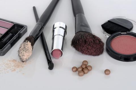 ペン化粧品