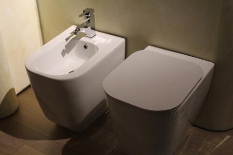 トイレ便座の写真