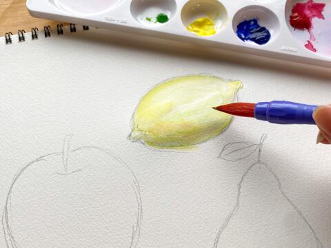 鉛筆 水彩画 果物 レモン りんご 洋梨