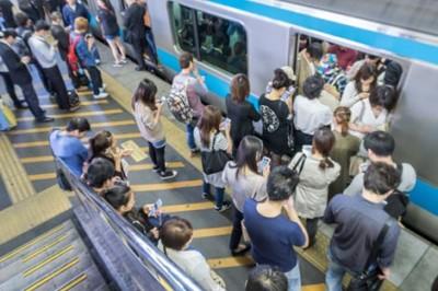 你別以為是在開玩笑!連日本人都表示絕對不想搭的電車 擁擠率前10名