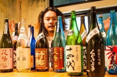明明是拉麵店,卻有50種類的日本酒讓你喝到飽!日本水道橋的蟻塚好吃到讓不行