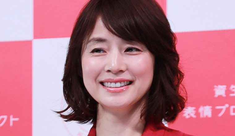 石田百合子戴眼鏡模樣超完美!光欣賞就覺得很幸福