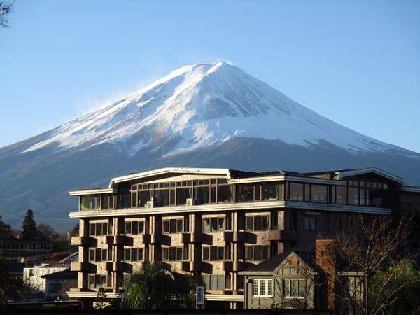 四季の宿富士山