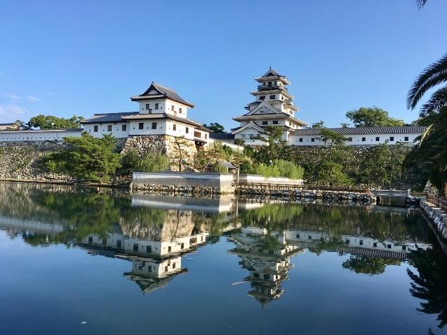 四国の城めぐり2日間〈現存する12天守 他〉愛媛・高知・香川