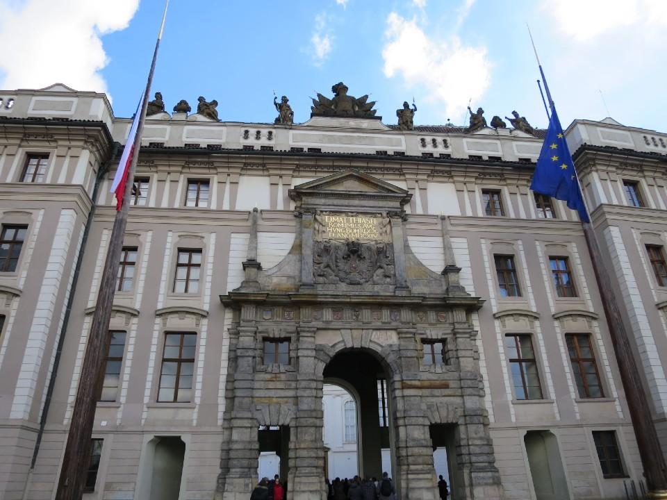 チェコ プラハ城