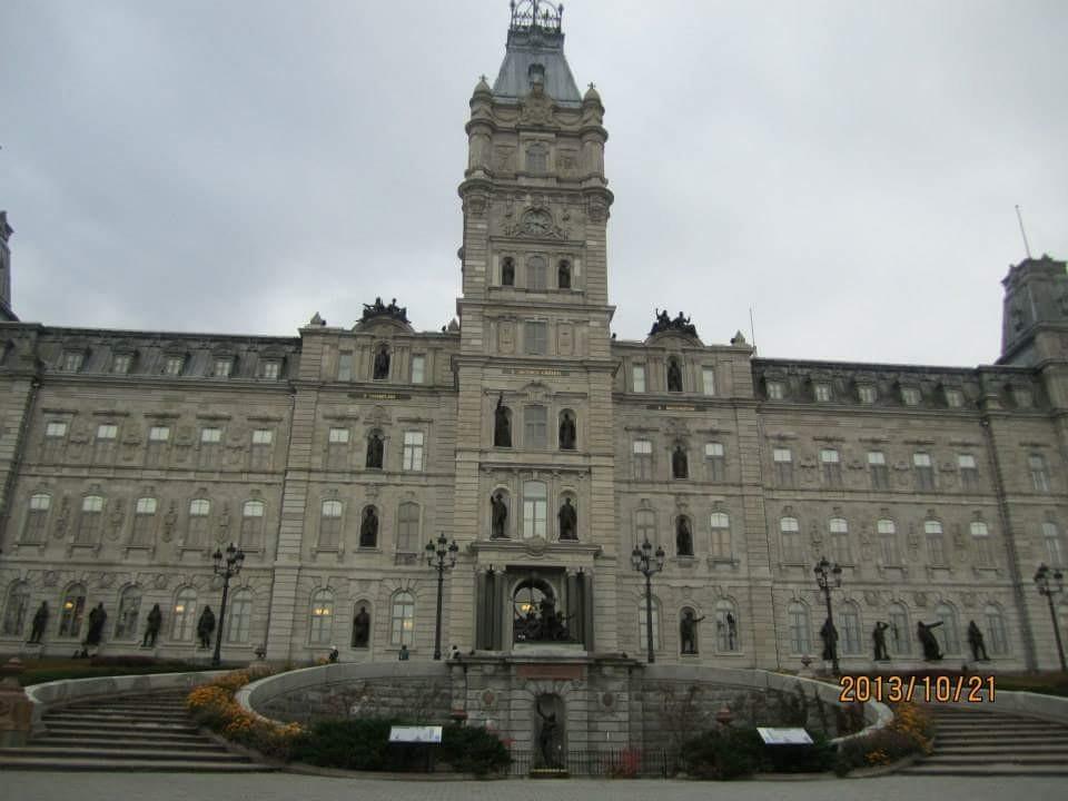 ケベック州議事堂と首折り階段