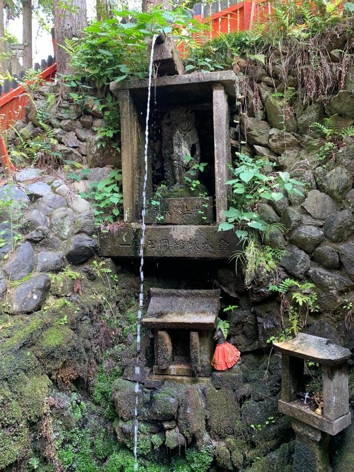 白菊ノ滝のお滝場