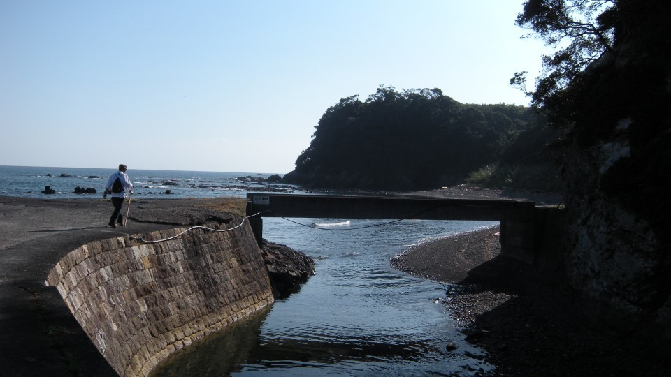 足摺岬の遍路道の風景