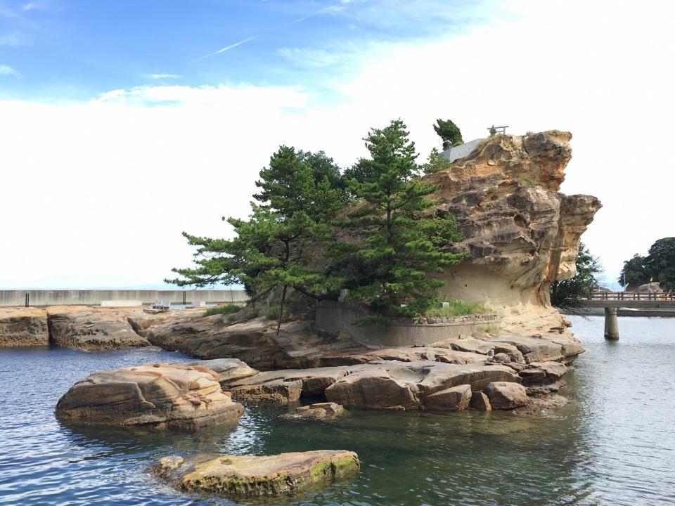 神話の地  岩屋