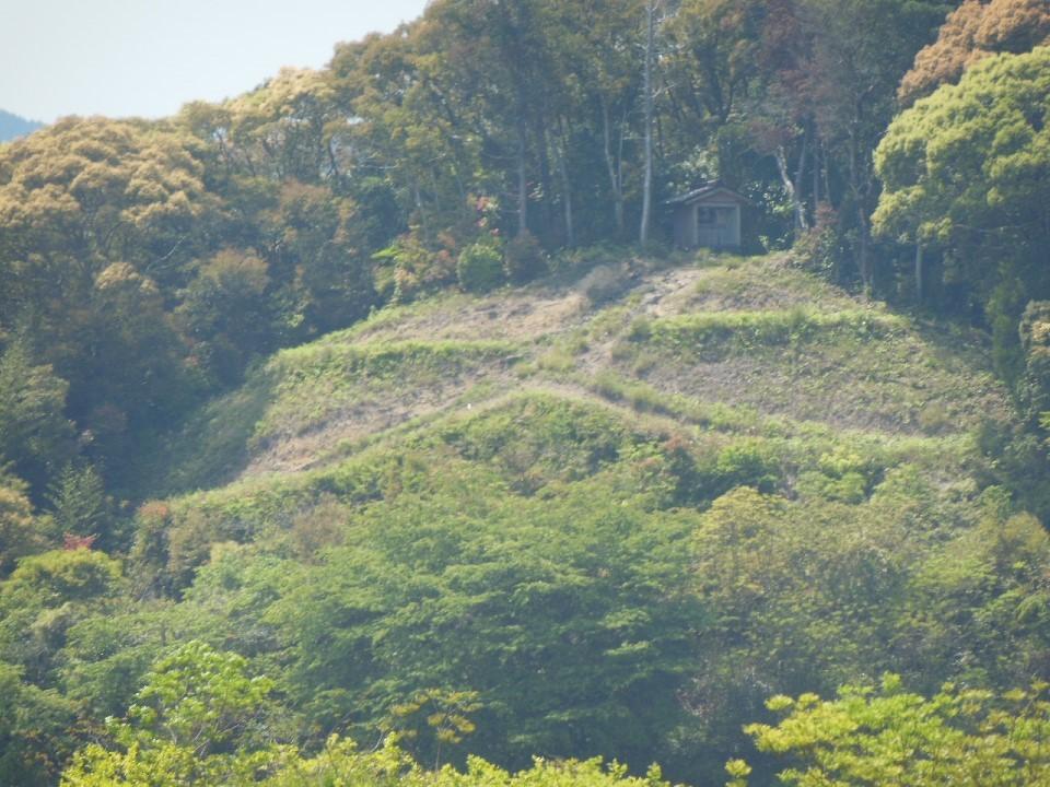 四国の大文字山と新伊豆田トンネル