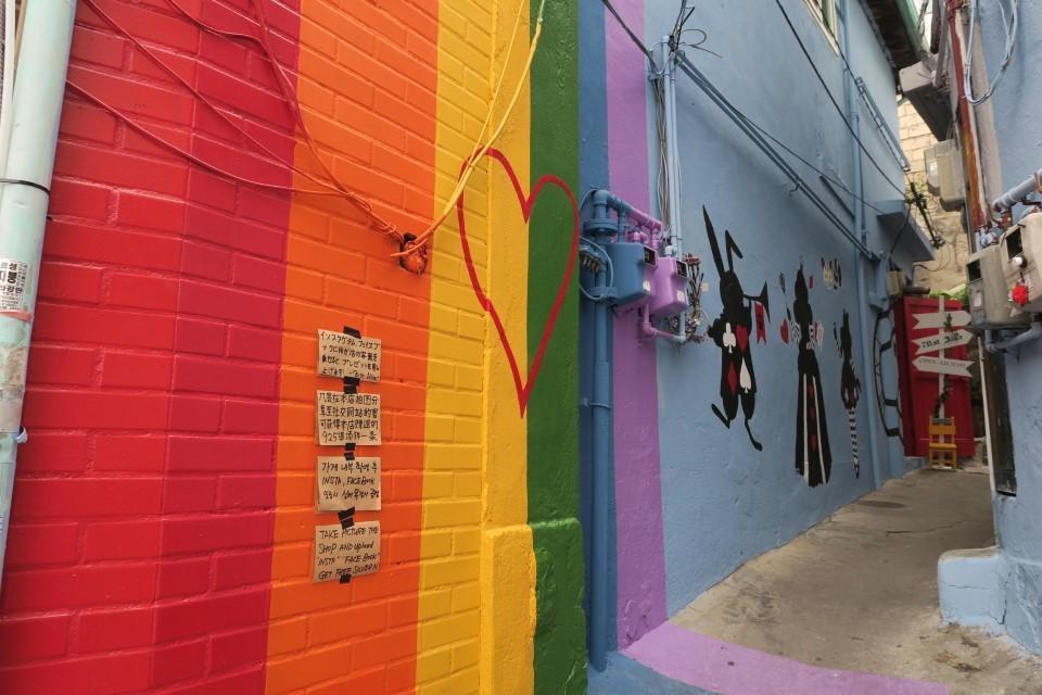 梨花洞路山の街中アート