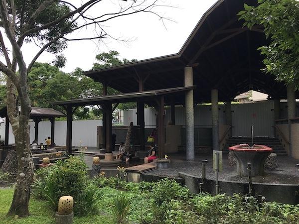 台湾(礁渓・北投・関子嶺)素朴な温泉地巡り