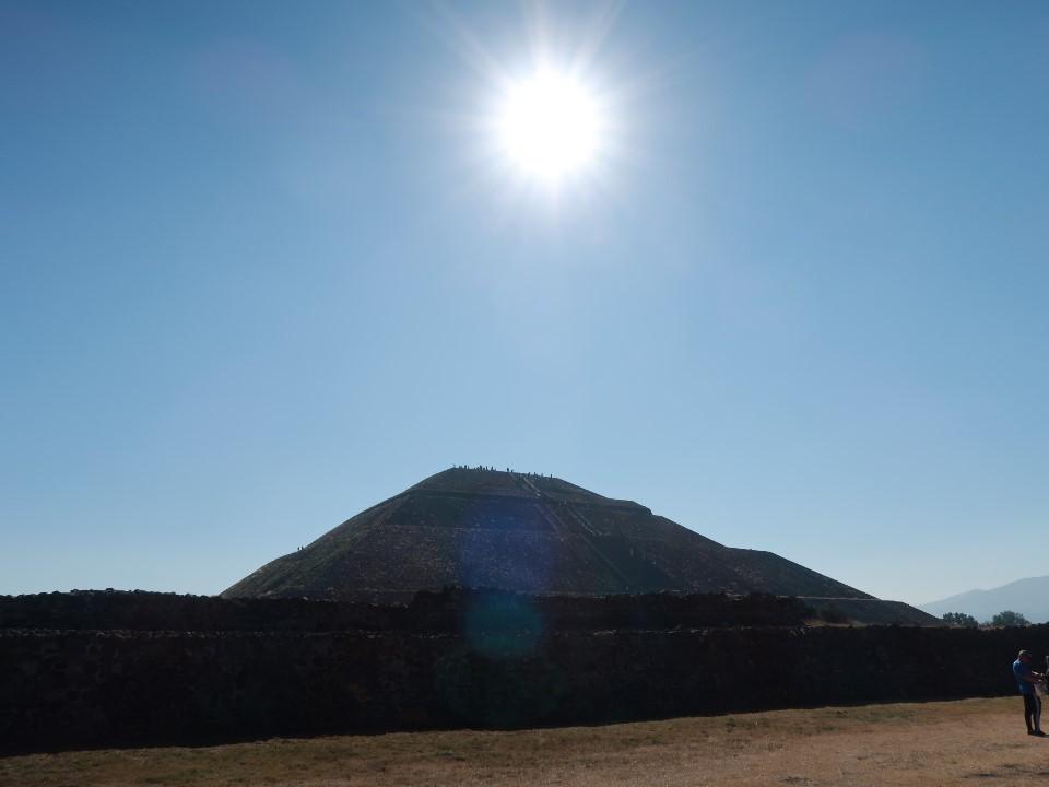 太陽のピラミッド①