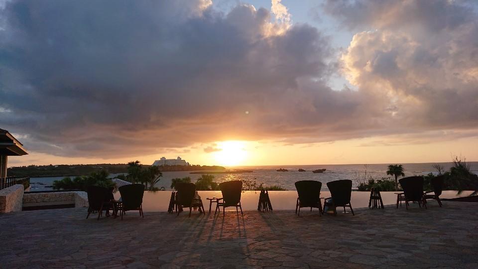 ホテルハレクラニ沖縄にいこう⑧ハイアットリージェンシー瀬良垣での夜