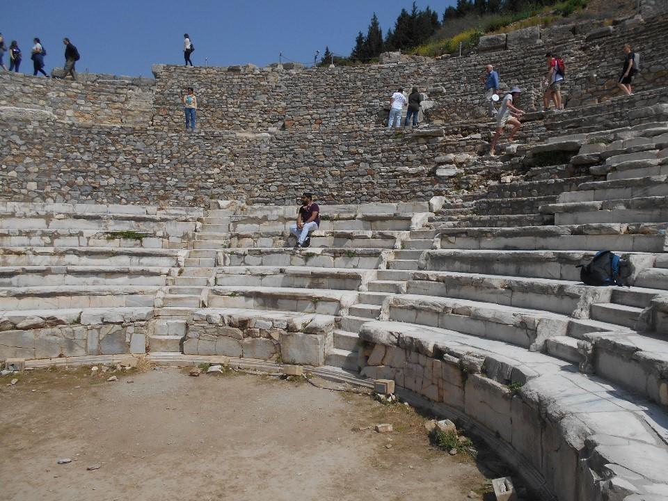 エフェソスの劇場跡