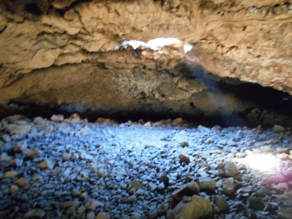 オーラの洞窟内部