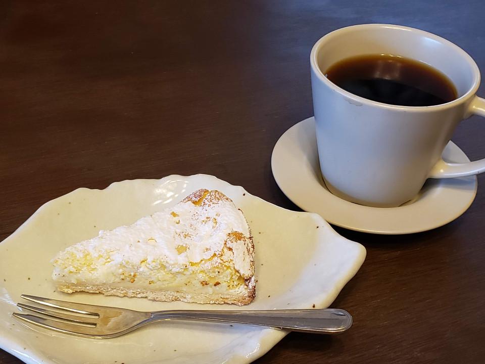 パンとコーヒーとひらりんと・・・