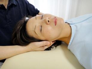 本格的カイロプラクティック & さまざまな角度からのアプローチで小顔だけじゃない//肌荒れやシミなど顔による悩みを改善