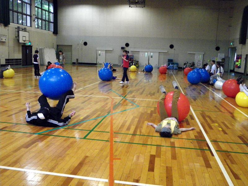 IMGP0199 - バランスボール教室より ・・・バランスと筋力を鍛えましょう。