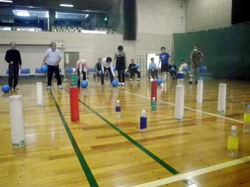 IMGP2112 - レクリエーション教室より ・・・10月は面白スポーツです。