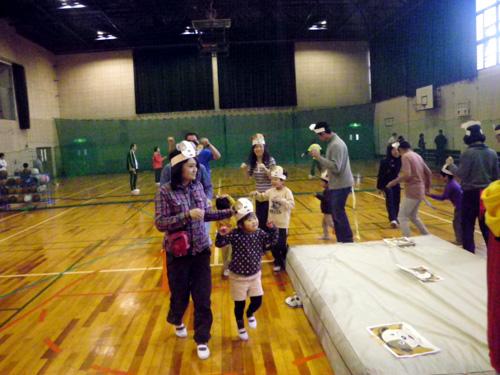 IMGP3229 - 親子で楽しむキッズ体操クラブより ・・・たのしく体操しています