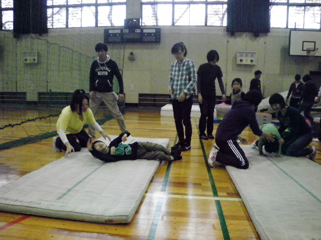 IMGP8249 - 親子で楽しむキッズ体操クラブより ・・・楽しく体操しています。