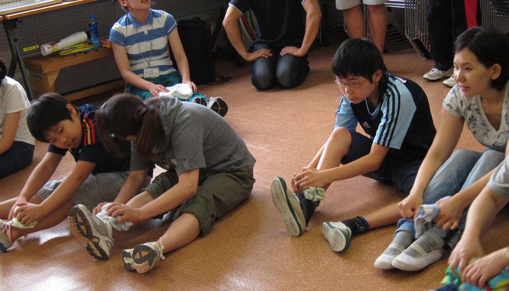 IMG 1247 -  地域振興より 都立小金井特別支援学校 親子運動教室・・・ 親子で楽しく身体を動かしました!