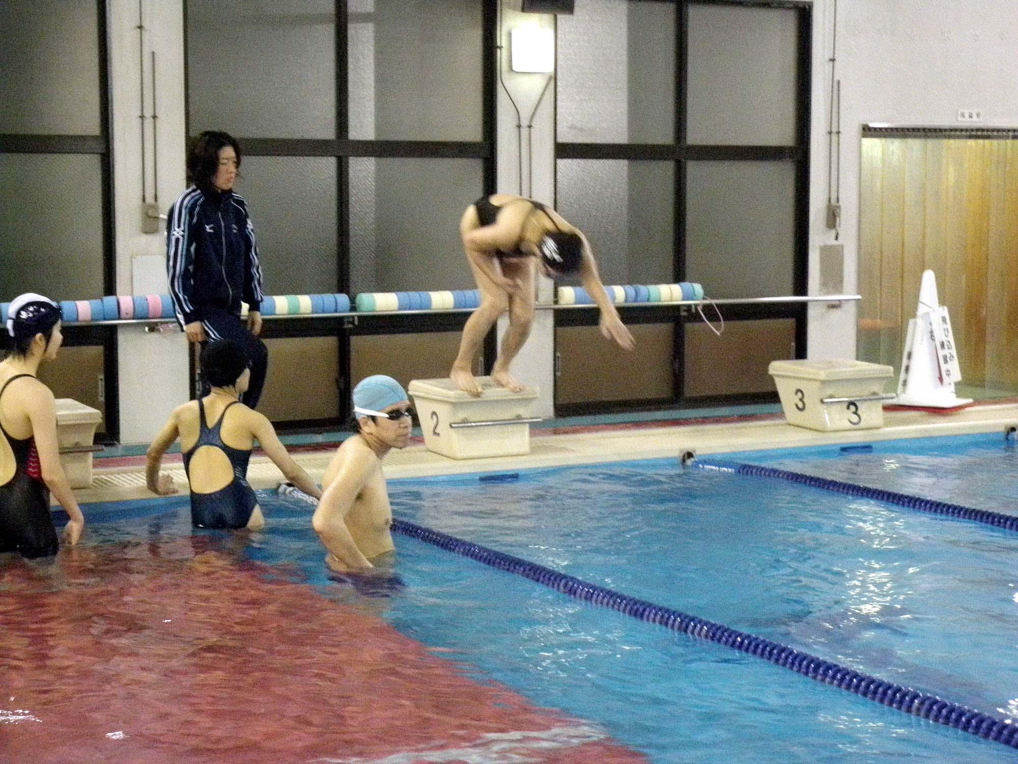 P4110300 - 都障水連による水泳入門・育成教室より ・・・共催でおこなっています!!