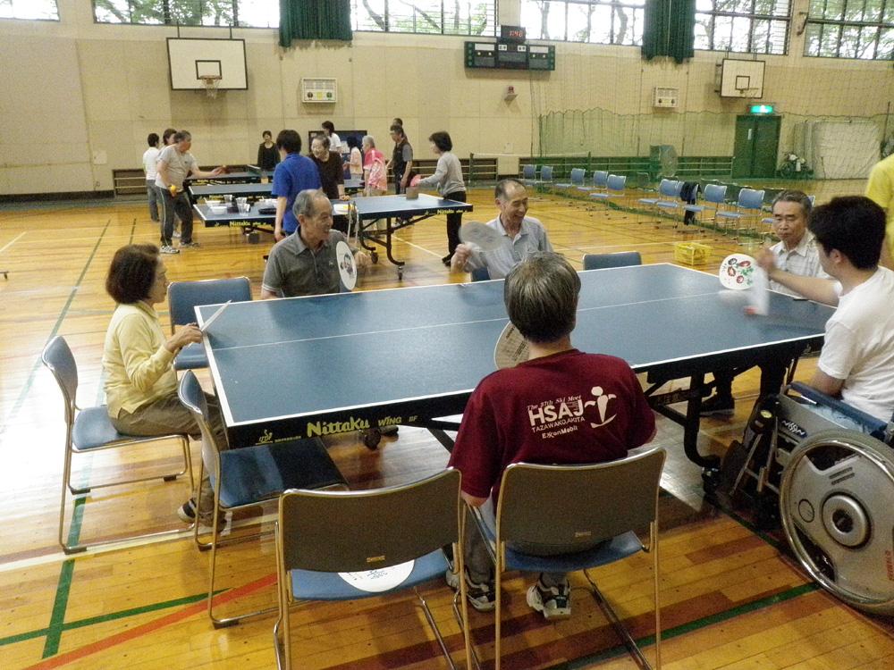 P5070092 - レクリエーション教室より ・・・5月は卓球です。