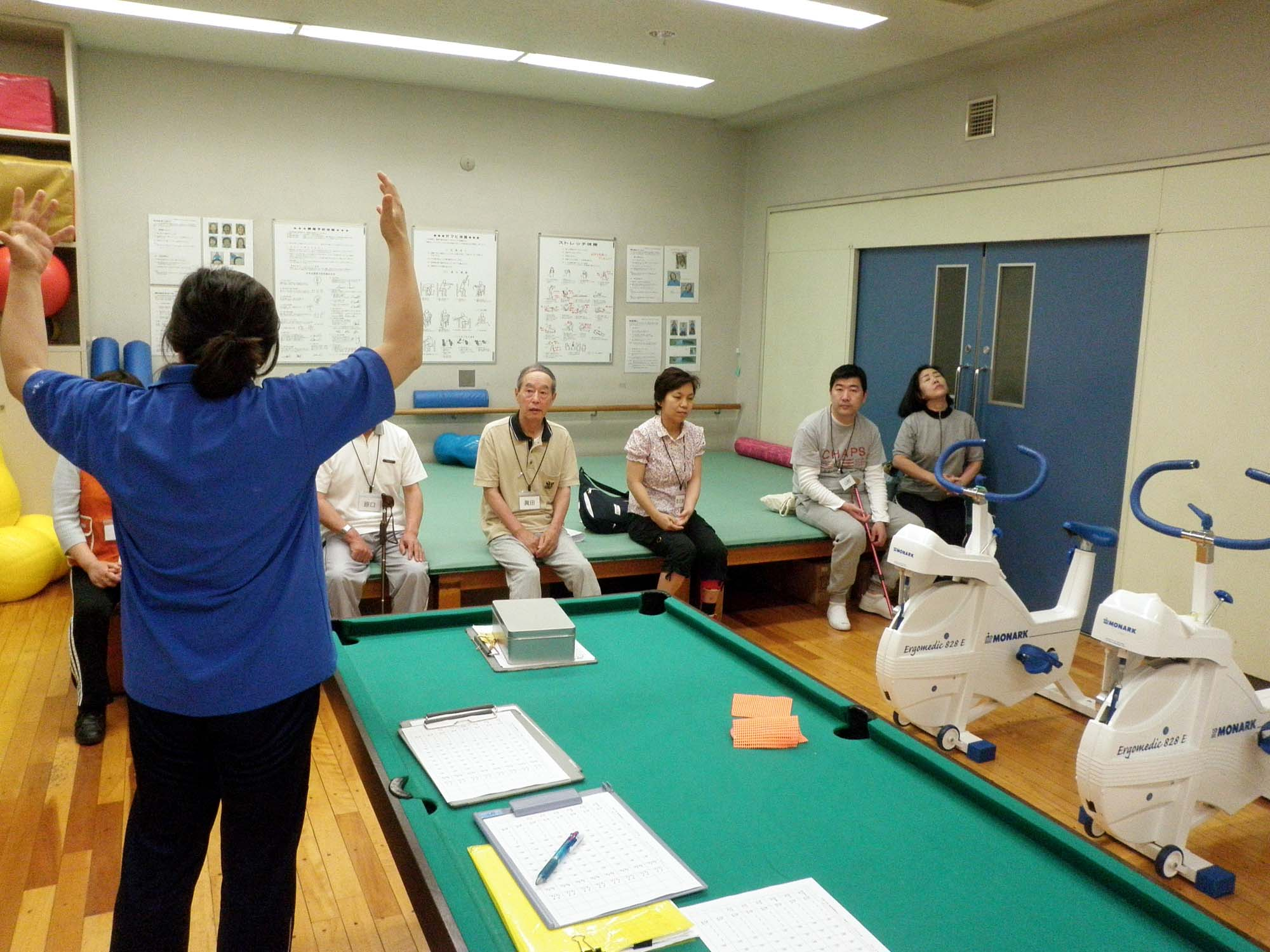 P6090145 - 脳血管障害者のトレーニング教室より ・・・脳血管障害者を対象とした教室です。
